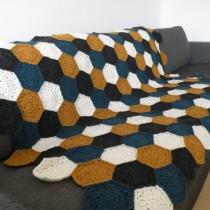 Færdigt tæppe med sekskanter 2