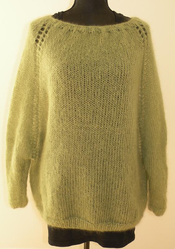 Fin strikket bluse i farven æblegrøn