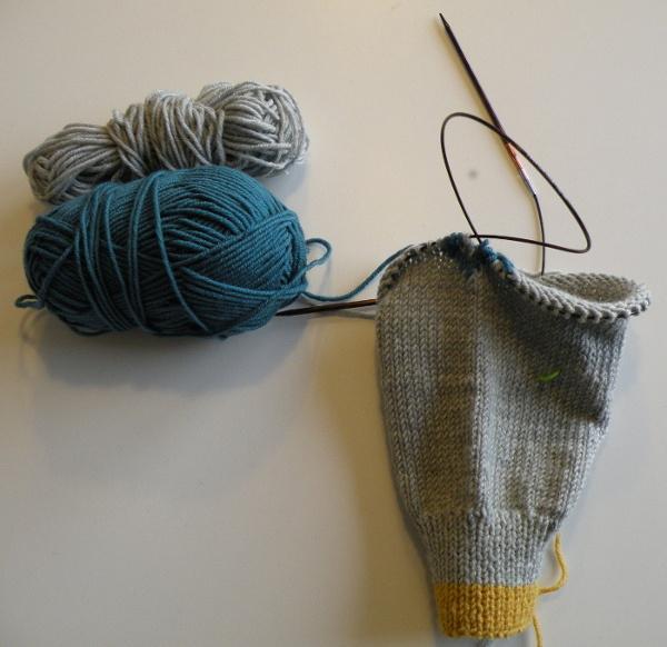 Cardigan med fint mønster 3 - Igangværende strikke- og hækleprojekter
