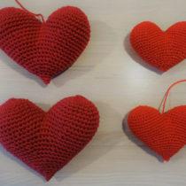 Hæklet hjerte - Øverst hjerte 2, nederst hjerte 1