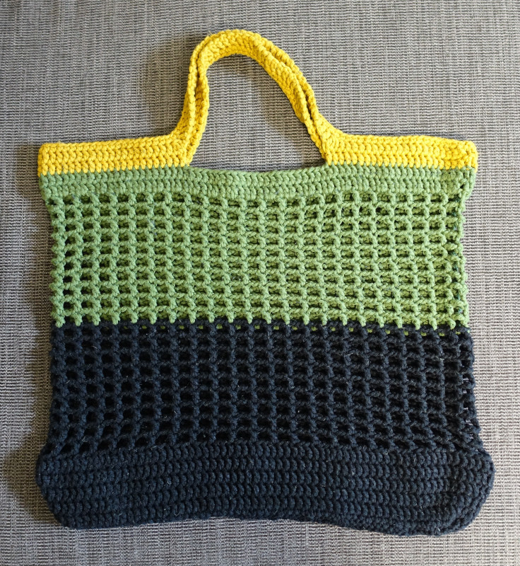 Hæklet net med striber